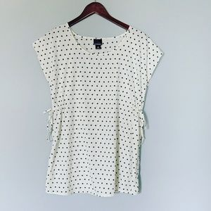 Oh Baby by Motherhood Polka Dot top